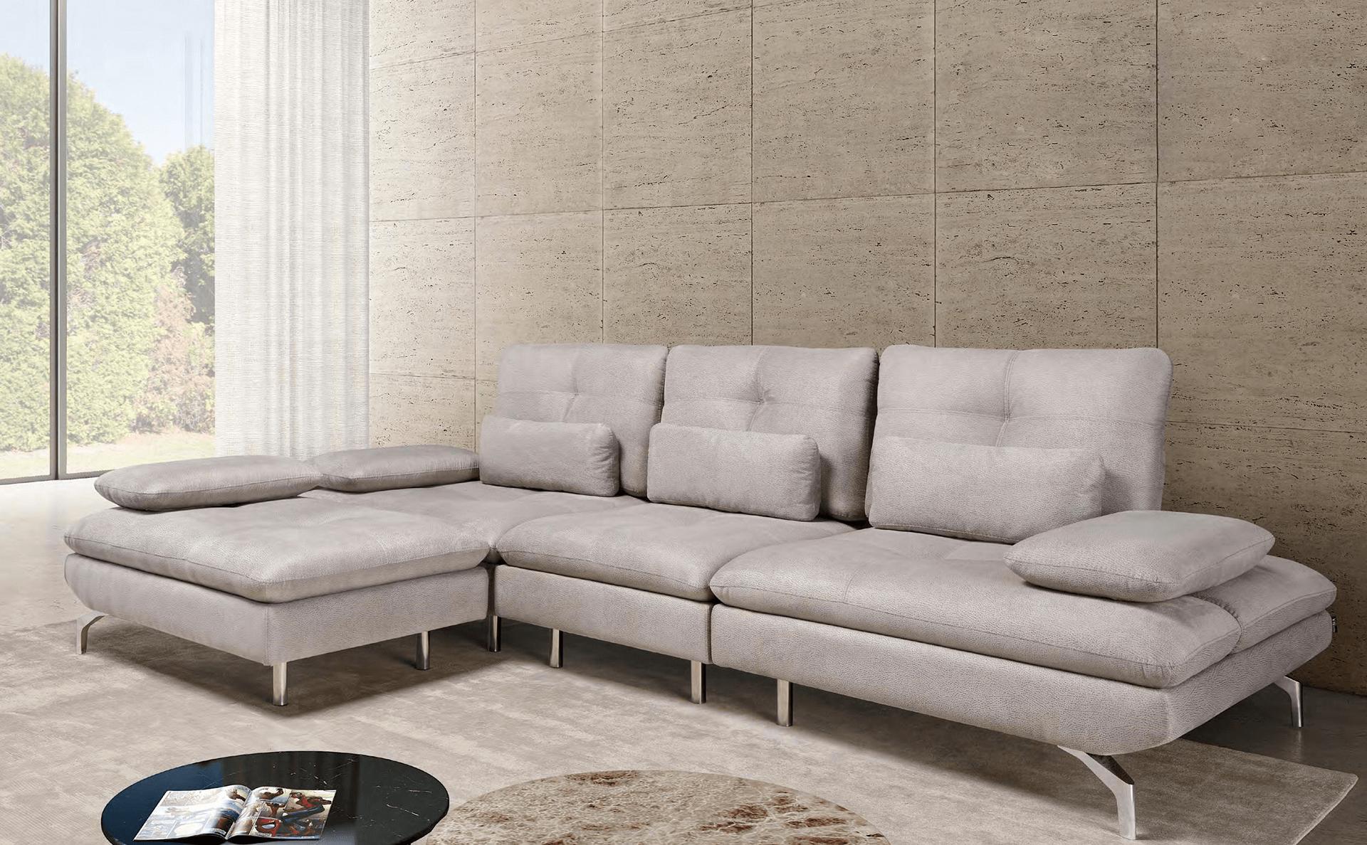 sofá moderno em pele para sala de estar